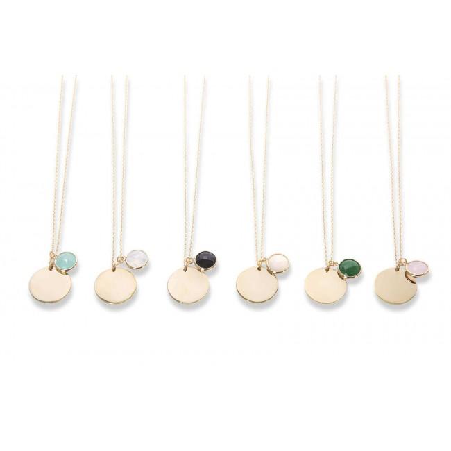 Collier charm lettre plaqué or et son pendentif trèfle rose