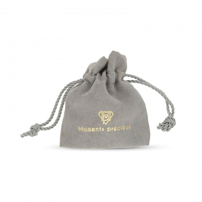 Collier charm lettre plaqué or et son pendentif trèfle vert