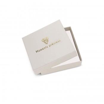Collier petite médaille et son pendentif martelé et pierre bleue